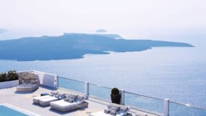 TUI Santorini Late Deals 2020 / 2021